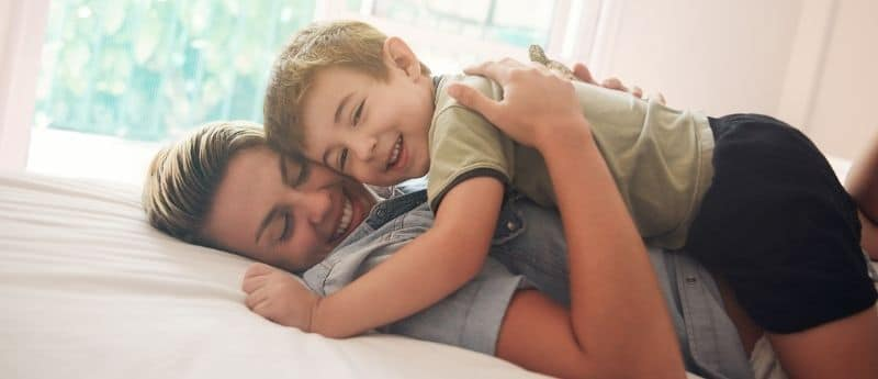 criação com apego teoria do apego educação positiva criando com apego sono infantil