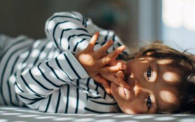 Como ajustar a rotina do sono do bebê?